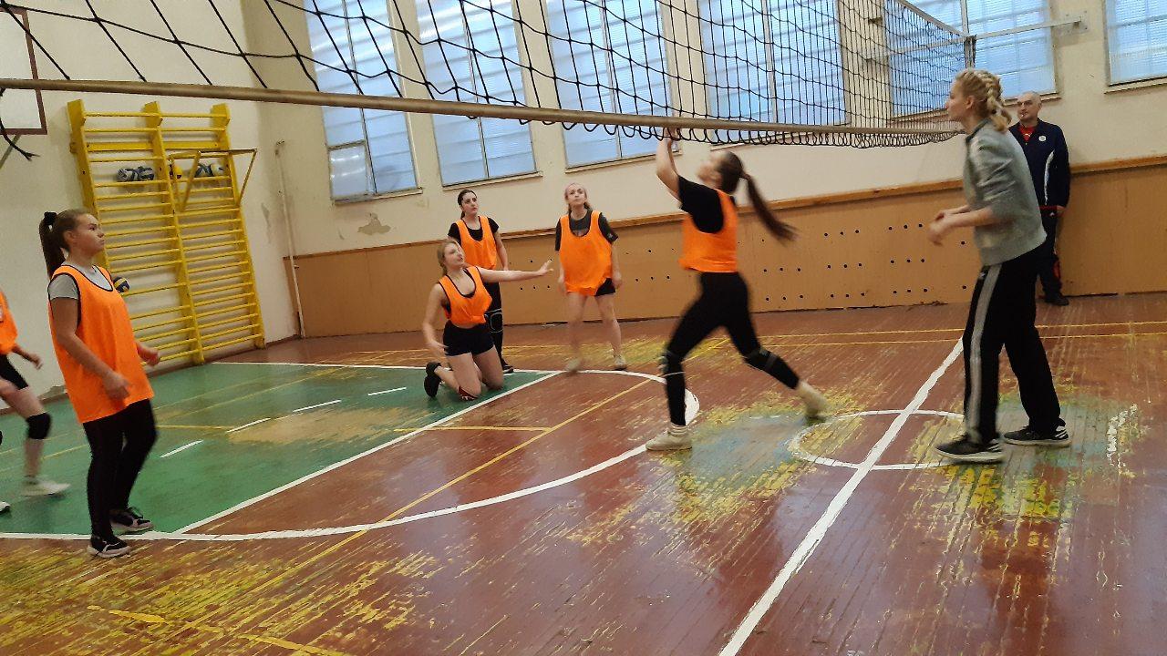 Турнір з волейболу серед дівчат, присвячений Дню студента
